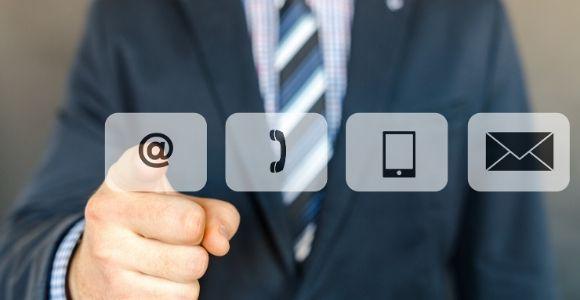 pérenniser vos collaborations de freelance avec le contact sur les réseaux sociaux