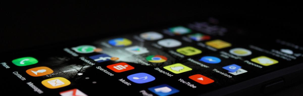 Applications pour freelance : Top 5 des meilleures applis gratuites cover