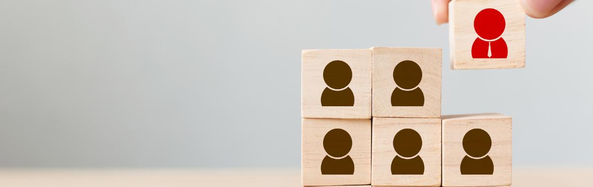 Recruter un freelance IT : avantages vs inconvénients cover